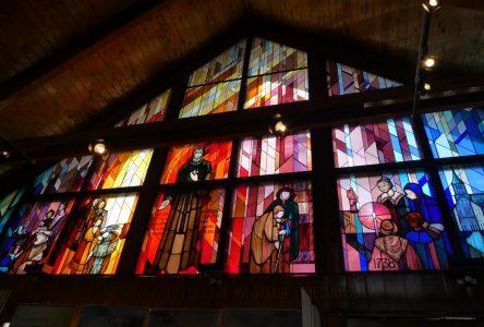 L'auteure de L'étonnante destinée de Pierre Boucher au sanctuaire Sainte-Marguerite-d'Youville à Varennes