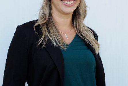 Karine Messier sollicitera un premier mandat comme conseillère municipale à Contrecœur