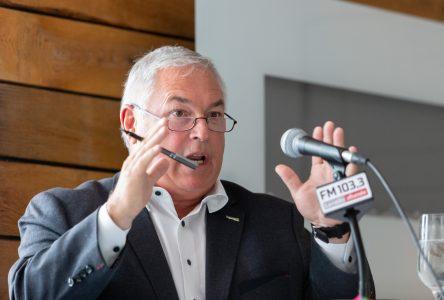 Le Groupe TVA s'oppose à la participation de l'opposition officielle de Longueuil à un débat