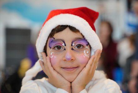 Une fillette de Saint-Amable rencontre le père Noël dans le ciel