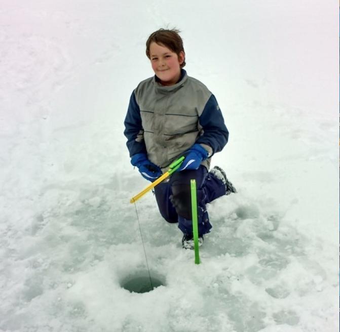 Une occasion pour toute la famille de s'initier à la pêche blanche!