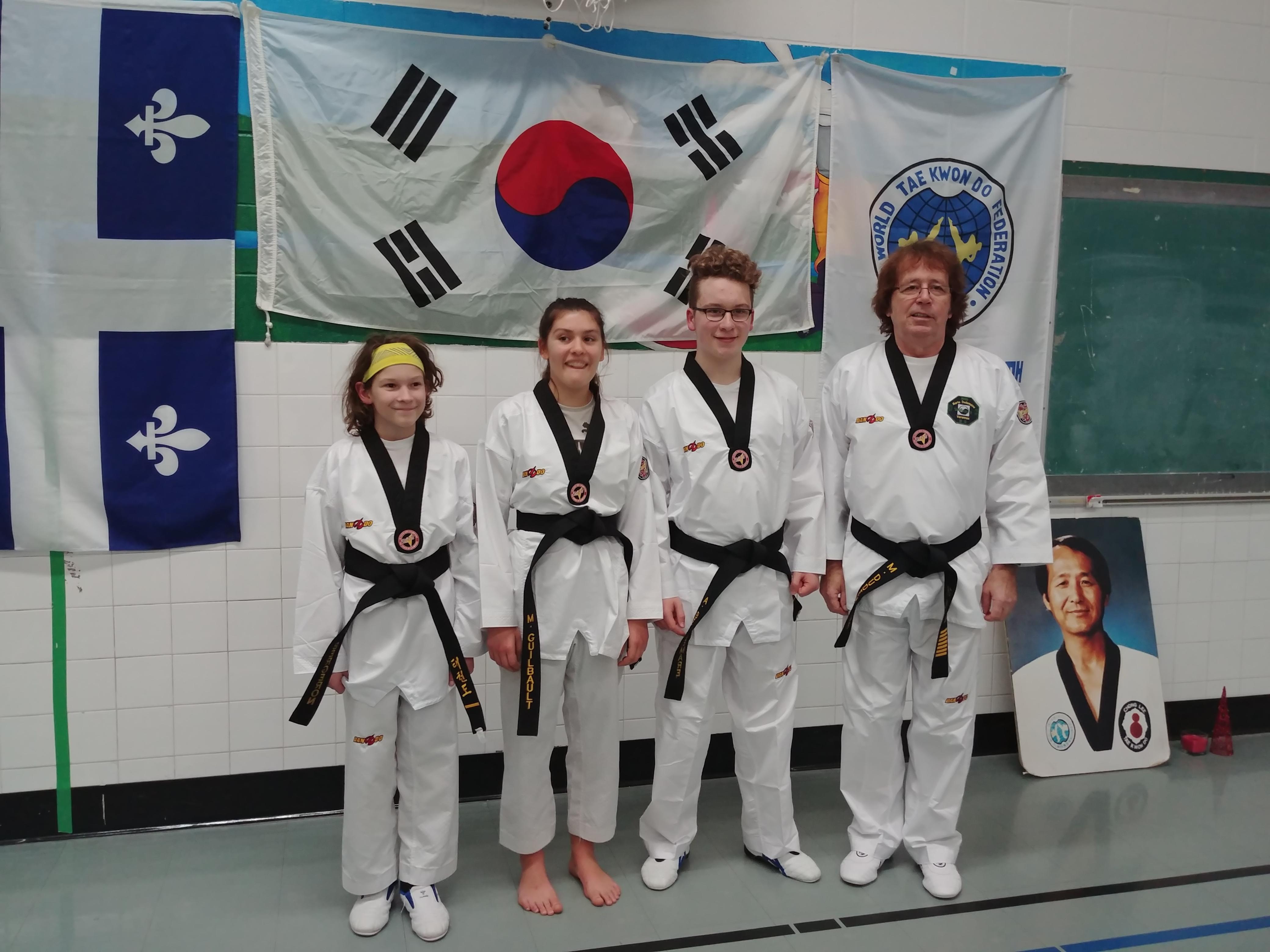 Taekwondo : trois nouvelles ceintures noires à Varennes